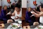 Cảm động cảnh con trai bón cơm, nịnh mẹ già 90 tuổi ăn từng thìa