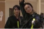 Video: Các nữ đặc nhiệm xinh đẹp đu dây leo tường, bắn súng thiện nghệ