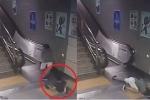 Clip sốc: 'Bẫy tử thần' nuốt chửng một phụ nữ ở ga tàu điện ngầm
