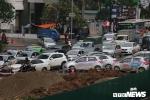 Ảnh: Phố phường Hà Nội nhếch nhác vì những công trình chạy Tết