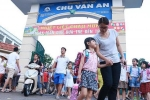 Học sinh Hà Nội uống nước nhiễm khuẩn: Phụ huynh nói gì?