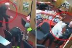 Clip: Cụ ông 83 tuổi đuổi đánh 3 tên cướp chạy trối chết