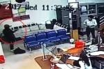 Clip nổ súng bắn bảo vệ, cướp ngân hàng ở Đắk Lắk qua camera an ninh