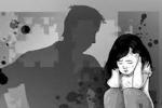 Buộc thôi việc thầy giáo ngắt, nhéo vùng nhạy cảm của học sinh nữ