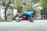 Mục sở thị áo túi khí bảo vệ người đi xe máy, giá 2 triệu đồng