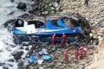 Peru: Xe buýt rơi xuống vực, 48 người chết