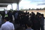 Người dân quê nhà Ninh Bình xếp hàng dài chờ viếng Chủ tịch nước Trần Đại Quang