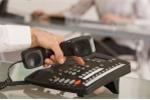 Hai kẻ mạo danh công an lừa đảo gần 90 triệu đồng qua điện thoại