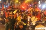 Tạm giữ nhiều phương tiện quá khích khi đi 'bão' mừng chiến thắng của tuyển Việt Nam