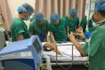 Chủ tịch TP.HCM đến bệnh viện thăm nhóm hiệp sĩ bị đâm khi bắt cướp