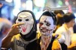 'Ma quỷ' xuống phố chơi Halloween ở Sài Gòn, Hà Nội