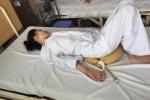 Chữa đau khớp gối bằng thuốc nam, một bệnh nhân bị liệt 2 chân