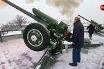 Video: Tổng thống Putin đích thân bắn pháo mừng Giáng sinh
