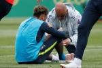 Neymar lại đau chân, fan Brazil tái mặt