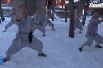 Video: Nhà sư Thiếu Lâm khổ luyện kungfu giữa tuyết lạnh