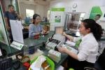 Các ngân hàng nhỏ có đủ sức giảm lãi suất cho vay?