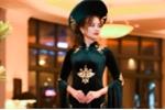 Quốc phục 40 ngàn USD của NTK Đỗ Trịnh Hoài Nam mở màn Áo dài Festival tại Mỹ