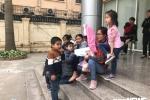 Trẻ từng ăn 'thịt bẩn, gà thối' ở trường mầm non Bắc Ninh: Phụ huynh bật khóc khi cả hai con nhiễm sán lợn