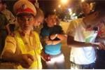 Xe Lexus tông gần chục xe trên phố Hà Nội: Nạn nhân được chiến sĩ CSGT cứu đã tỉnh lại