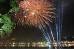 Vé xem bắn pháo hoa đêm Giao thừa tại Hà Nội 1,5 triệu đồng vẫn hút khách