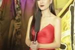 Nam Thu nhan Nut bac Youtube chi sau mot dem hinh anh 2
