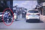 Dân mạng phẫn nộ, đòi truy tìm người đàn ông đánh phụ nữ chở con nhỏ mùng 1 Tết Kỷ Hợi