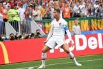 Ronaldo tỏa sáng, Bồ Đào Nha cho Maroc xách vali về nước