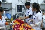 Sập lan can trường tiểu học, 13 học sinh nhập viện cấp cứu