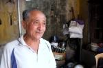 Video: Gặp 'ông lão gàn' làm xe ôm miễn phí cho người nghèo ở Hà Đông