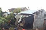 Video: Hàng trăm ngôi nhà ở Đắk Lắk bị gió lốc cuốn tốc mái