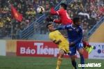Video: Hậu vệ U23 Việt Nam mắc sai lầm, Thiago mở tỷ số cho Quảng Nam