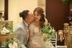 Clip: 'Thánh nhây' Vinh Râu khóc nức nở trong đám cưới