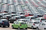 1 ngày hơn 200 ô tô Thái Lan đổ về Việt Nam