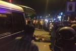 Dân truy đuổi tài xế container cán chết người rồi bỏ trốn