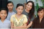 Chị gái Hồ Văn Cường hát lại hit của mẹ nuôi Phi Nhung