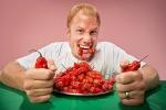 Ăn ớt cay nhất thế giới, người đàn ông bị đau đầu như búa bổ, phải cấp cứu