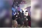 Video: Cô dâu tung hoa cưới làm trần nhà đổ sập