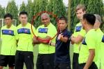 HLV thủ môn U19 Việt Nam từng bị trầm cảm, lái xe buýt đâm vào tường