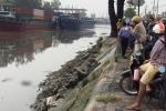 Phát hiện thi thể nam giới đội mũ bảo hiểm trôi trên kênh đào