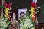 Video: Đau đớn lễ tang bé gái người Việt bị sát hại ở Nhật tại quê nhà