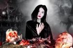 Đại tiệc Halloween với 'giun đất, đầu lâu' rùng rợn của thánh ăn công sở