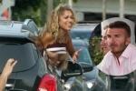 Fan nữ vén áo khoe ngực trước mặt Beckham