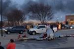 Mỹ: 2 máy bay đâm nhau giữa trời, rơi xuống đất cháy ngùn ngụt