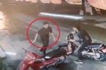 Clip nhận dạng nghi phạm cứa cổ tài xế taxi ở Mỹ Đình