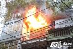 Cháy lớn cửa hàng phụ tùng ô tô trên phố Trần Khát Chân, Hà Nội