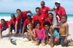 Cá mập chết vì bị bắt lên bờ để 'selfie'