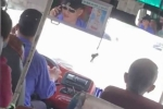 Đình chỉ tài xế xe buýt một tay lái xe, một tay nghe điện thoại trên phố Sài Gòn