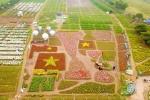 Video: Cận cảnh chiếc cúp vô địch khổng lồ làm từ hoa cổ vũ ĐT Việt Nam