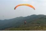 Video: Trải nghiệm dù lượn tại điểm bay duy nhất ở Hà Nội