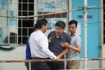 Bi thu Nguyen Thien Nhan den tham, dan Thu Thiem vay kin trinh bay buc xuc hinh anh 5